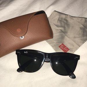 Authentic Ray Ban wayfarer 54 mm sunglasses